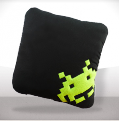 coussin-space-invader-echarlotte